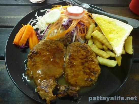 Soi bongkot 59 baht steak (1)