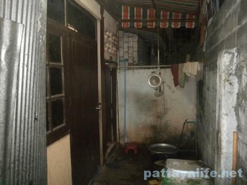 パタヤカンソイ12食堂のトイレ