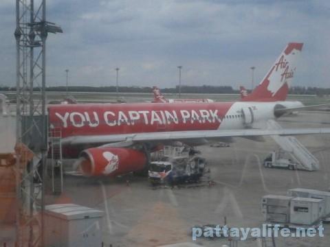 エアアジア機体ドンムアン空港