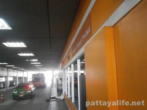 ドンムアン空港のコンビニとフードコート (6)