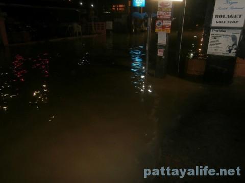 洪水LKメトロ (2)