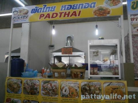 ブッカオ市場のパッタイホイトート屋 (1)