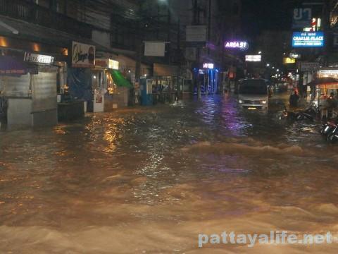 パタヤブッカオ洪水 (8)