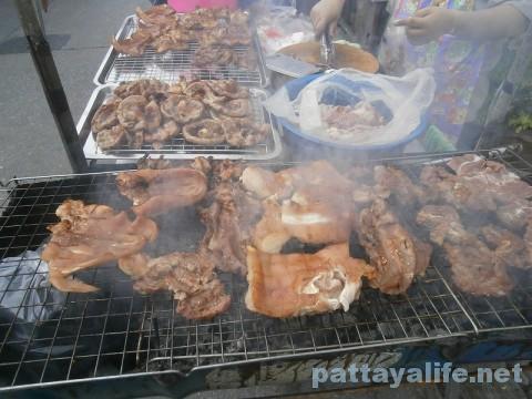 モツ焼き肉屋台