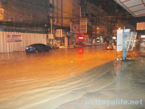 洪水パタヤタイ (4)