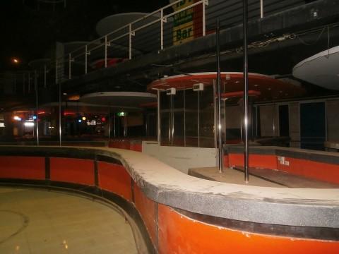 2階建てバービア群ブルーラトゥリー