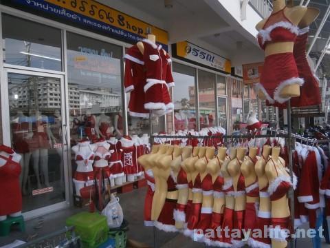 市場のクリスマス衣装売り場