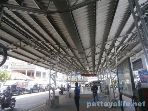 ノースパタヤバスターミナル (1)