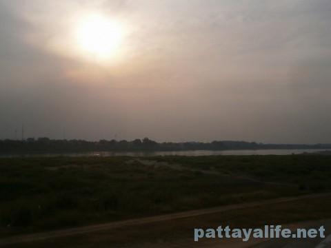 ビエンチャン市内観光 (6)メコン川