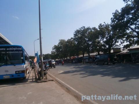 ビエンチャンタラートサオバスターミナル国際バス乗り場 (1)