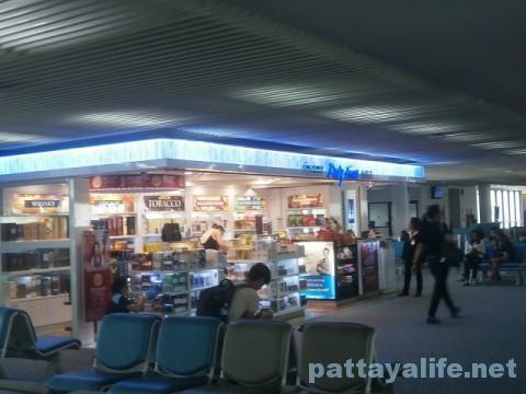 ドンムアン空港内免税店
