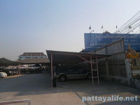 ノースパタヤバスターミナル横の駐輪場 (3)