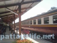 パタヤ駅 (2)