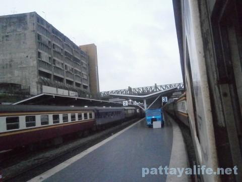 ファランポーン駅行き列車 (3)