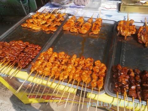 カオタロー市場の焼き鳥 (3)