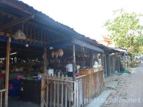 プラタムナック市場 (2)