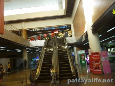 ドンムアン空港ターミナル連絡通路 (2)