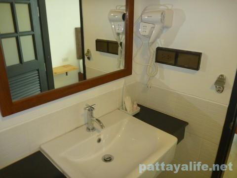 コーナーロッジ浴室 (2)