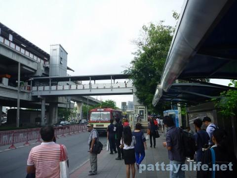 ドンムアン空港行きエアポートバス乗り場 (5)