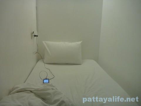 3ハウホステルのカプセルベッド