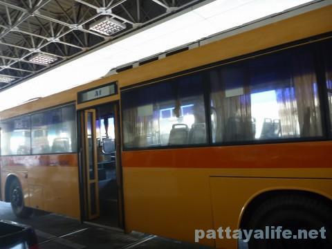 ドンムアン空港行きA1エアポートバス (1)
