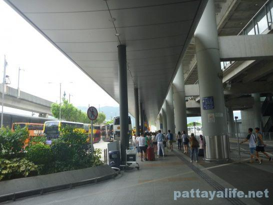 香港空港エアポートバス乗り場 (2)