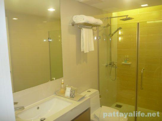 アットマインドプレミアスイーツホテル浴室 (4)
