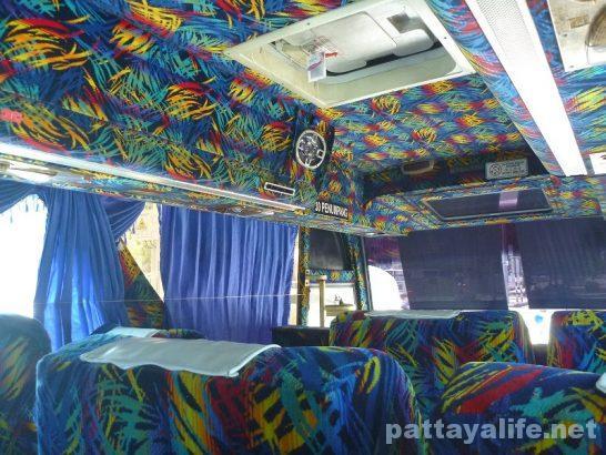 ペナン島からタイ国境へのバス (2)
