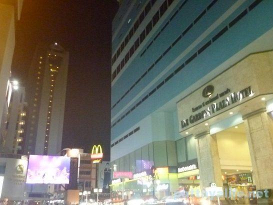 夜のリーガーデンプラザホテル