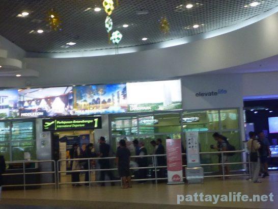 ペナン国際空港ターミナルビル内部 (4)