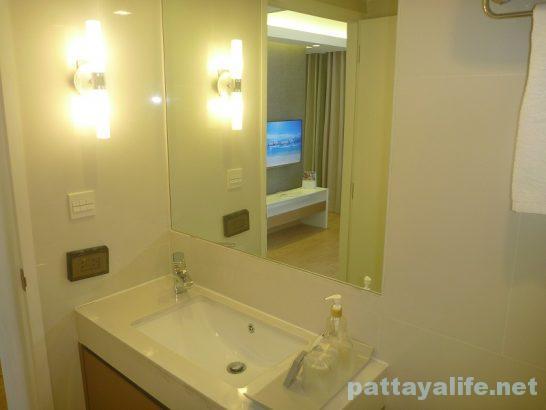 アットマインドプレミアスイーツホテル浴室 (1)