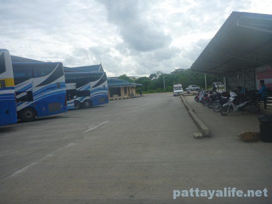 クラビーバスターミナル (2)