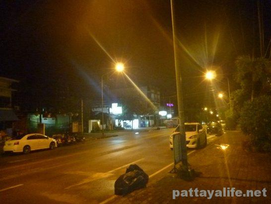 クラビの夜道 (2)