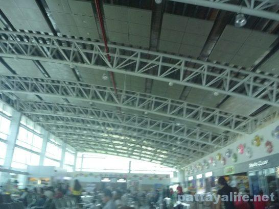 クラーク空港ターミナルビル内部 (5)