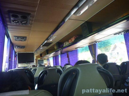 カオラックからラノーン行きバス (1)