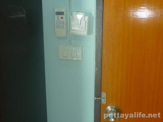 br-guesthouse-pattaya-13