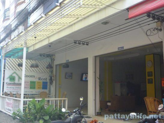 br-guesthouse-pattaya-2