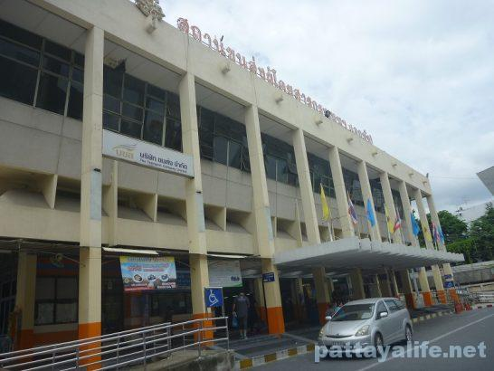 bangkok-ekamai-bus-terminal-1
