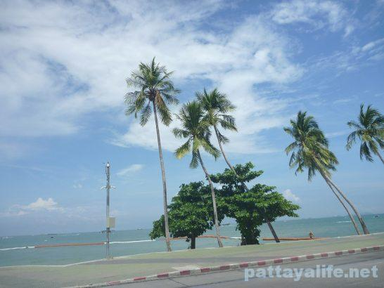 basaya-beach-resort-hotel-pattaya-1