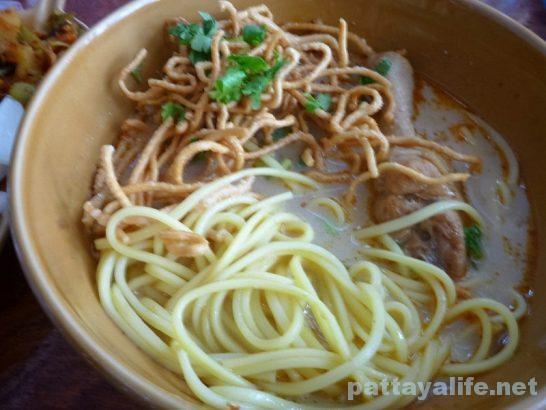 chiangmai-restaurant-pattaya-11