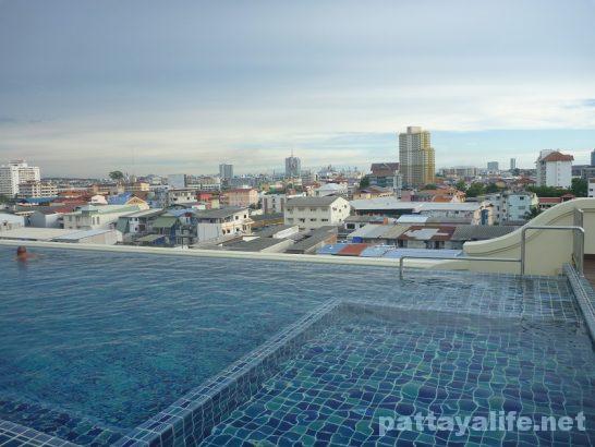 d-hotel-pattaya-16