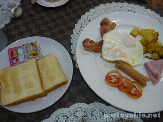 malee-breakfast-4
