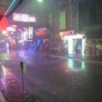 土曜深夜大雨のウォーキングストリート。パレスのGREEN PARTYとスイートハーツのRock'n'Roll。