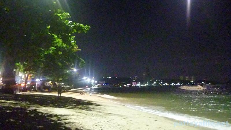 pattaya-beach-night