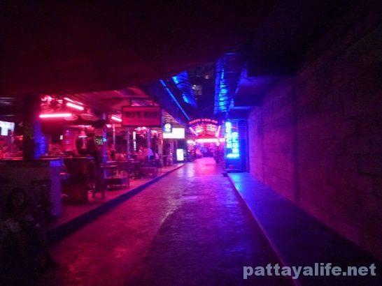 pattaya-walkingstreet-20161016-1