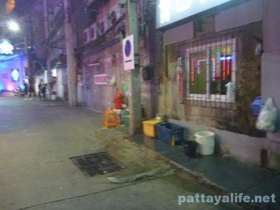 walkingstreet-soi15-food-2