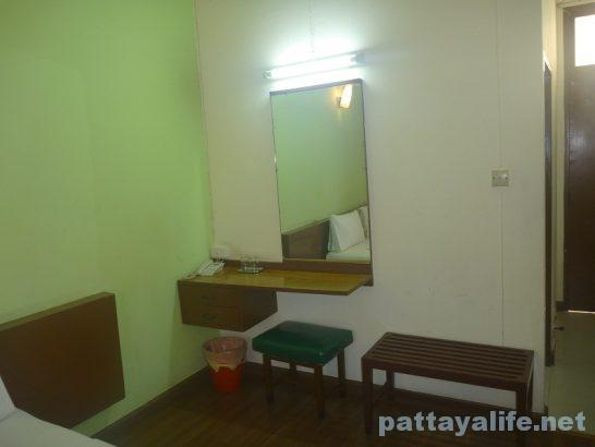 miami-hotel-bangkok-11