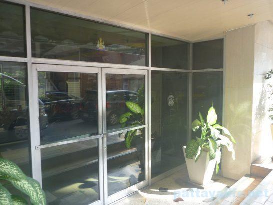 miami-hotel-bangkok-17