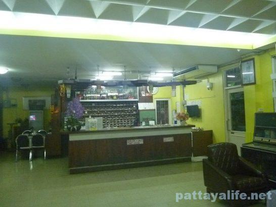 miami-hotel-bangkok-20