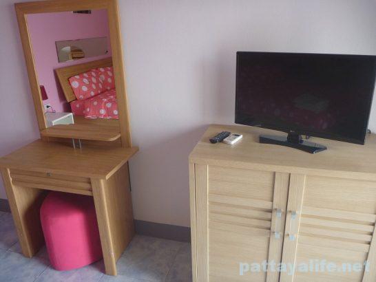Buakhao paradise pattaya room (6)